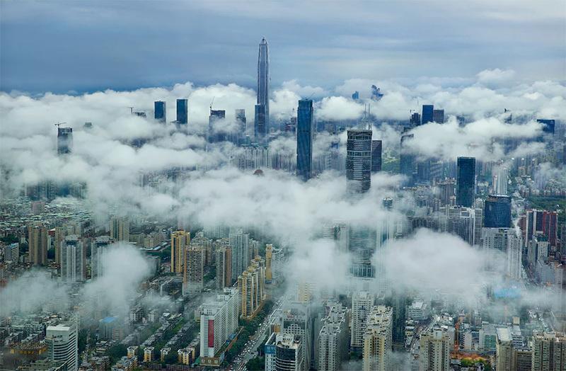 نمای مرکز تجارت جهانی پینگ ان و شهر شنزن از دور