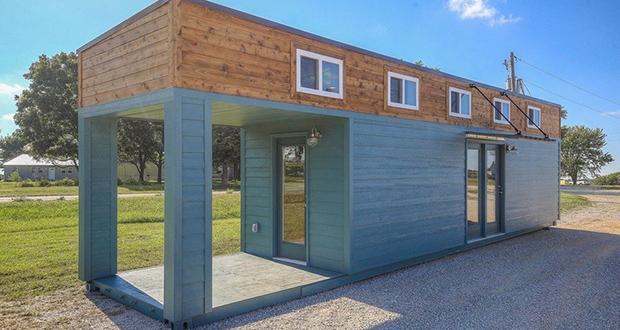 خلاقیت در بزرگ کردن یک خانه کوچک کانتینری