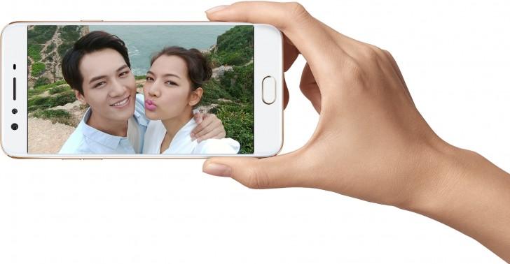 شرکت چینی اوپو بالاخره اطلاعاتی از گوشی اوپو F3 Plus را منتشر کرده است. اوپو F3 Plus یک موبایل قدرتمند در زمینه سلفی و عکاسی است.