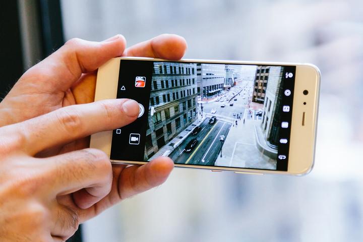 دوربین Huawei P10