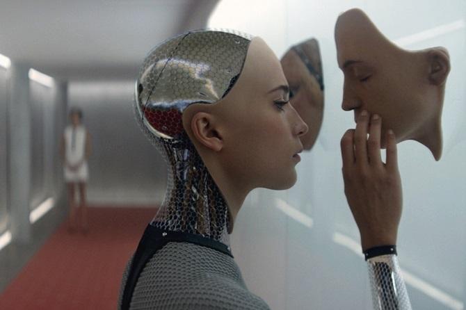 با توسعه تورهای عصبی پیشرفته، می توان داروها را به ناحیه خاصی از مغز انتقال داد یا سیگنال ها را به صورت وایرلس از کامپیوتر به اسمارتفون منتقل کرد و در نهایت چنین وسایلی امکان اضافه کردن اطلاعات و حافظه بیشتر به مغز انسان (همچون اضافه کردن رم بیشتر به هارد درایو کامپیوتر) را خواهند داشت