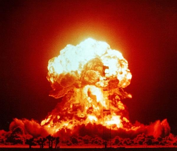 در دهه 80، ماشین قیامت می توانسته چندین انفجار هسته ای این چنینی را به راه بیاندازد