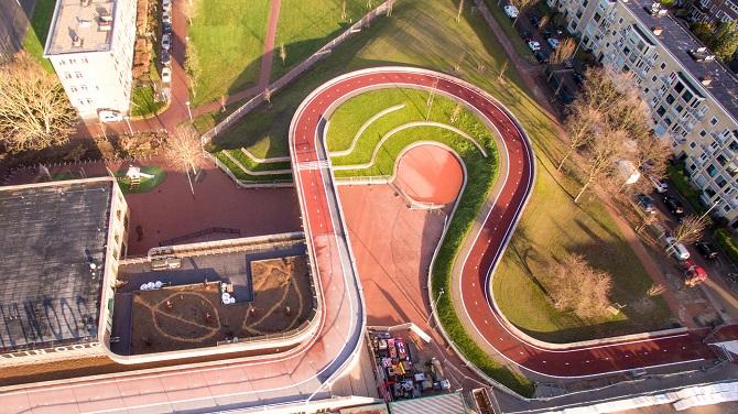 مسیر دوچرخه سواری ماری شکل اوترخت از استودیوی معماری نکست و رودی اویتنهایک