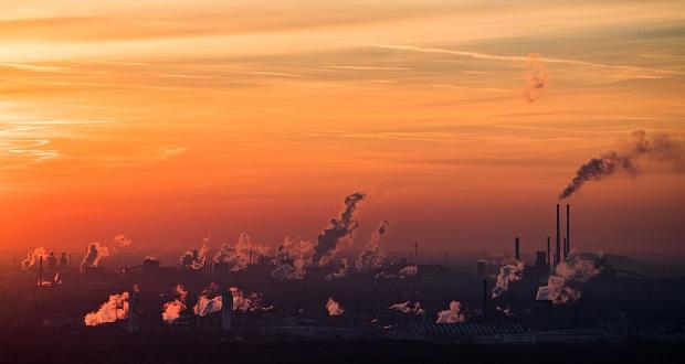 قانون منع تولید گازهای گلخانه ای می تواند جهان را نجات دهد