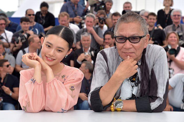 هانا سوگیساکی و تاکاشی میکه برای فیلم تیغه جاودانه