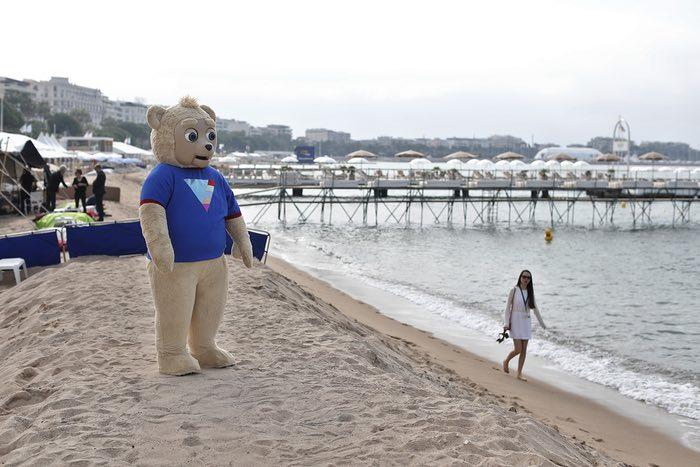 خرس بریگزبی (نام یکی از فیلمهای حاضر در جشنواره)