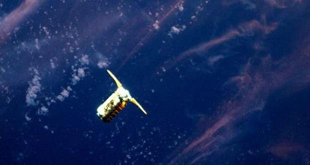 عکس دیدنی از فضانورد ایستگاه فضایی بین المللی از اوربیتال ای تی کی سیگنس