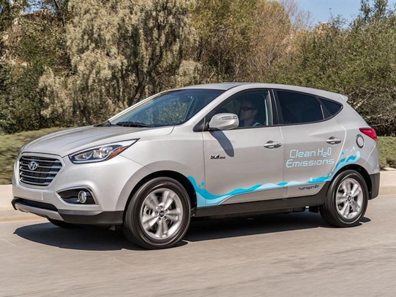 10. هیوندای نیز خودرو Tucson Fuel Cell را در کالیفرانیا راه اندازی کرده؛ اما از فروردین گذشته، تنها 140 واحد از این خودرو هیدروژنی را تحویل داده است.