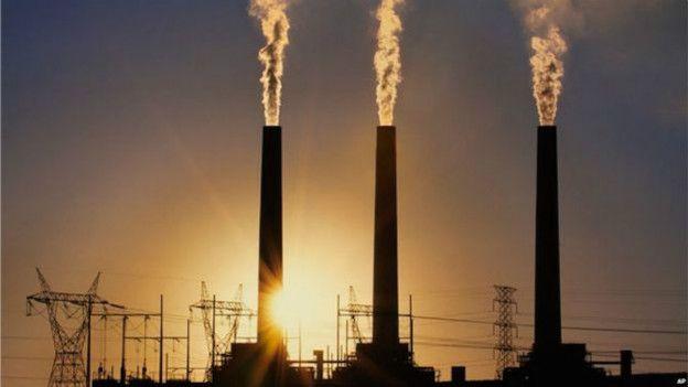 بدون ایالاتمتحده کاهش گازهای گلخانهای تا پیش از سال ۲۰۲۵، با دشواری همراه خواهد بود. چراکه ایالاتمتحده، اهمیت بسیاری برای شکل دادن آینده آب و هوایی جهان دارد. این کشور یکی از تولیدکنندگان عمده سوخت فسیلی است. از این جهت، دیگر کشورها بدون همکاری ایالاتمتحده آمریکا، نمیتوانند تأثیر به سزا و زیادی در این امر داشته باشند