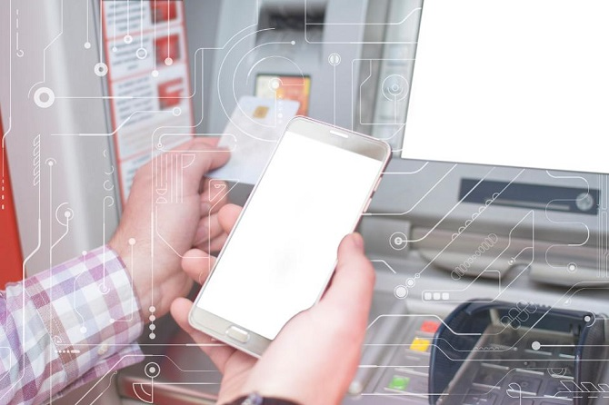اکنون برخی از دستگاههای خودپرداز از سیستمهای احراز هویت دیگر به جای پین استفاده میکنند. همچنین برخی دستگاههای خودپرداز با استفاده از کارتهای بانکی و تلفنهای همراه از تکنولوژی پرداخت وجه لمسی استفاده میکنند. در همین حال، دستگاههای خودپرداز دیگری از سیستمهای تشخیص هویت بیومتریک بهره میبرند که میتواند هویت مشتریان را از طریق عنبیه چشم، اثرانگشت و یا صدا شناسایی کند