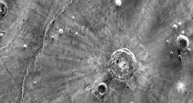 دهانههای باستانی مریخ ناشی از گردبادهای یک طرفه بودهاند