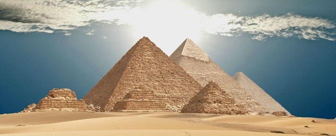 حفرههای مرموز هرم جیزه مصر