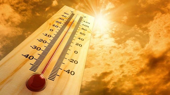 محققان با مقایسه دمای هوای پیشبینی شده با دادههای واقعی دریافتند که 74 درصد از جمعیت جهان تا سال 2100 با موجهای گرمای مرگبار مواجه میشوند. آنها میگویند، اگر میزان انتشار گازهای گلخانهای بهطور قابلملاحظهای کاهش نیابد، اوضاع میتواند وخیمتر هم شود