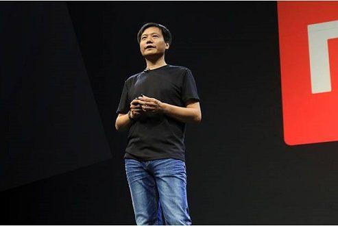 شیائومی قصد دارد ۱۰۰ میلیون گوشی هوشمند را تا پایان ۲۰۱۸ به فروش برساند