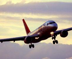 گرم شدن کره زمین سفرهای هوایی آینده را دشوارتر میکند