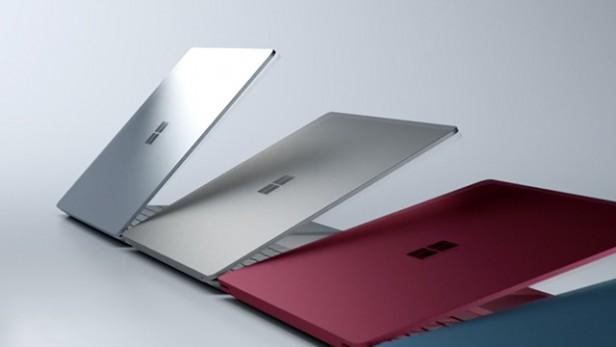 لولاها در سرفیس لپ تاپ پنهان شده اند؛ اما سرفیس بوک با لولای کاملا آشکاری همراه است.