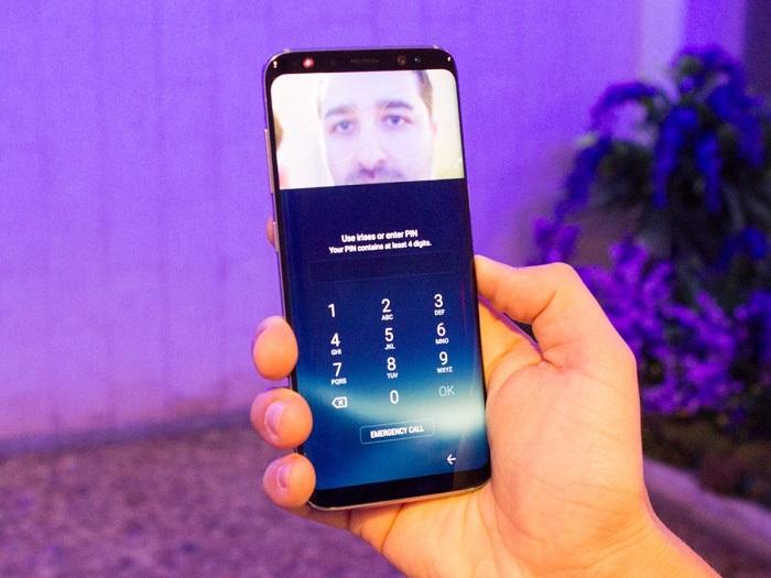 شما می توانید گوشی گلکسی اس 8 را با چشمان خود باز کنید.