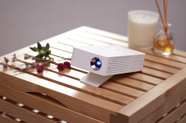 پروژکتور فوق العاده قابل حمل ال جی MiniBeam