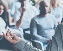 3 معیار نمونه پژوهی و انتخاب داستان عالی برای گفتگو و سخنرانیها