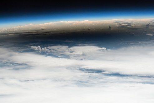 بهترین عکس های نجومی هفته؛ از کسوف تا تپه های سطح مریخ!