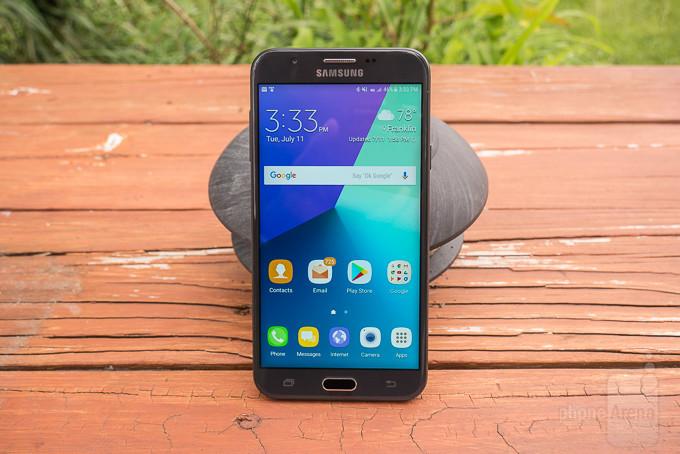 کمپانی سامسونگ اعلام کرد که نسخه آنلاک گوشی های گلکسی جی 3 و جی 7 از تاریخ 28 جولای در دسترس خواهند بود.