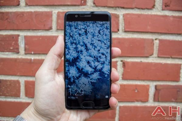 گوشی های پرچمدار هواوی پی 10 و هواوی پی 10 پلاس نیز به لیست بهترین گوشی های هوشمند چینی سال 2017 راه پیدا می کنند.