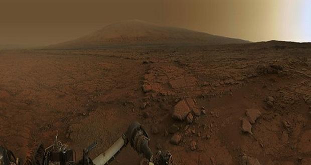 مجموعه عکسهای کریاسیتی، به مناسبت پنجمین سالگرد مأموریت مریخنورد ناسا در سیاره سرخ