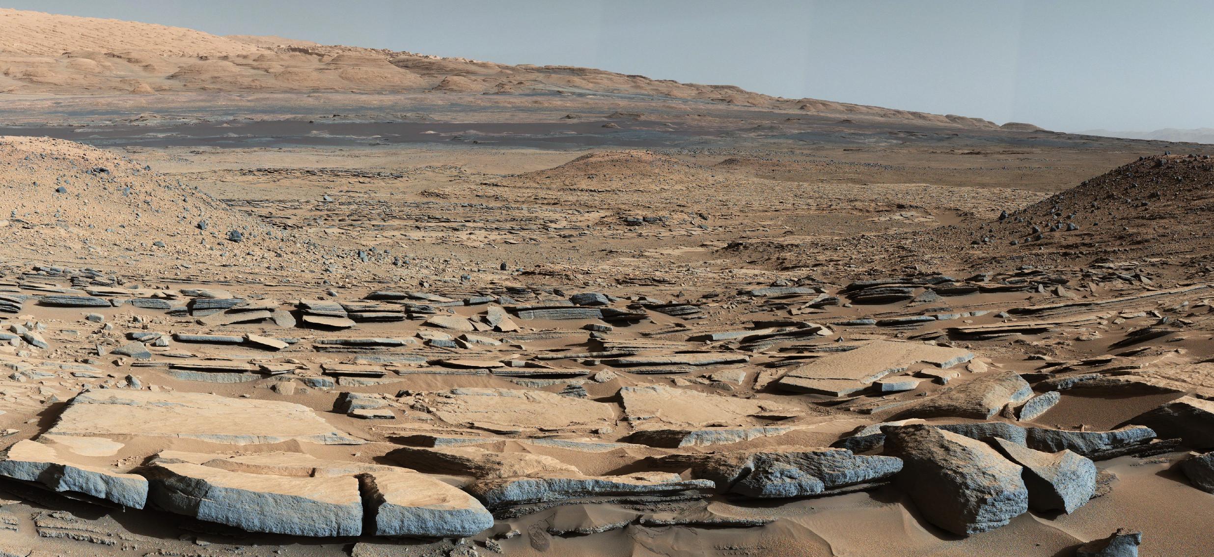 کریاسیتی، در طول مأموریت خود، زمان زیادی را صرف کشف سرنخهای جدیدی از تاریخچه مریخ کرده؛ ازجمله شواهدی از دریاچههای تبخیری و ذخایر معدنی که نشاندهنده حضور اکسیژن در سیاره سرخ هستند. به گفته ناسا، سطح ترکخورده ۳ میلیارد سال پیش شکلگرفته و توسط لایههای رسوبی سنگهای دیگر دفن شده است. شواهد دیگر موجود در این ناحیه، لایههای موربی هستند که میتوانستهاند درزمانی که آب در آن جریان داشته، مانند نزدیکی به ساحل یک دریاچه (باستانی) تشکیل شده باشند