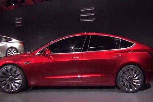 ۷ نکته جالب در مورد خودروی الکتریکی تسلا مدل ۳!