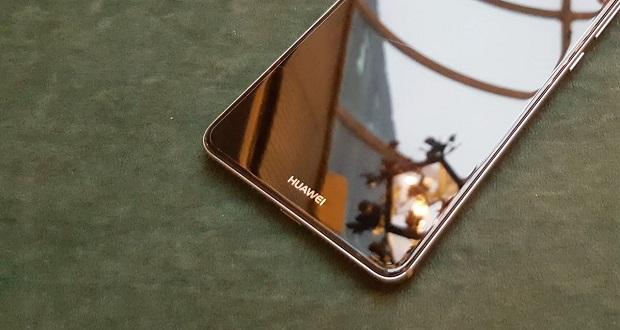 دوربین هواوی میت ۱۰ به همراه طراحی جدید این گوشی هوشمند خودنمایی کرد