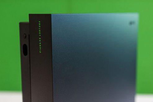 مایکروسافت از نسخه محدود Project Scorpio ایکس باکس وان ایکس رونمایی کرد