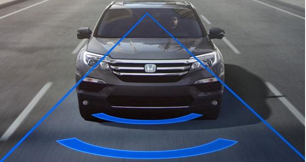 هرآنچه باید در رابطه با سیستم هشدار دهنده انحراف از مسیر خودرو بدانید!