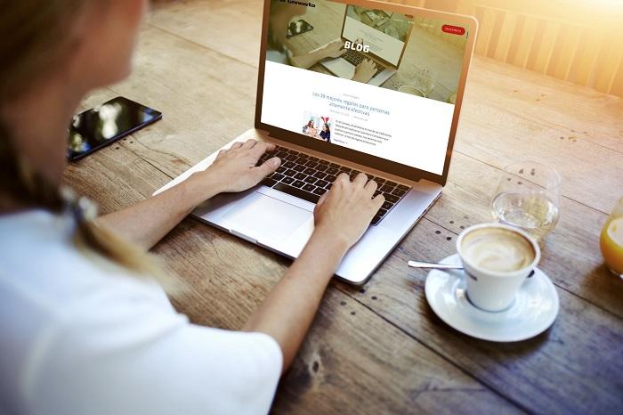 چرا کسب و کارها باید وبلاگ نویسی کنند؟