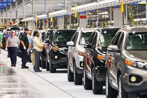 جریمه تولید خودرو با مصرف سوخت بالا ؛ تنبیه تولیدکننده یا خریدار