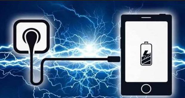 نحوه صحیح شارژ کردن موبایل ؛ کاهش عمر مفید باتریها با شارژ در طول شب