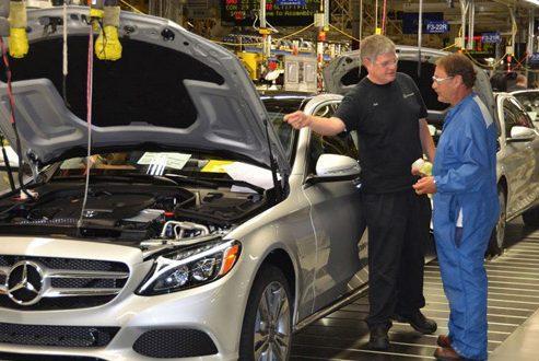صنعت خودروی ایران با همکاری با شرکت آلمانی مرسدس بنز متحول خواهد شد
