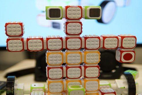 روباتهای ماژولار کیوبروید برای اهداف آموزشی تولید میشوند