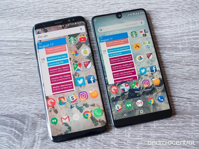 اما مقایسه اسنشال فون با گلکسی اس 8 از لحاظ قیمت، به سختی می توانیم قضاوت کنیم که کدامیک از این دو موبایل ارزش قیمت 700 دلاری را دارند.