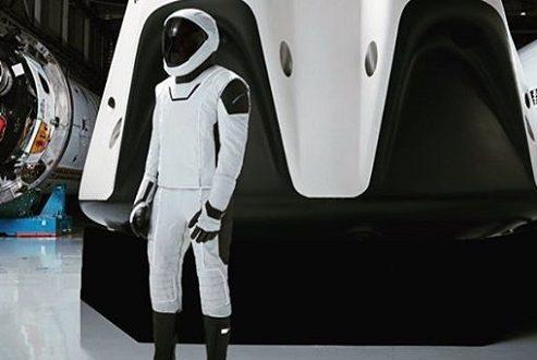 ایلان ماسک جزئیات بیشتری از لباس فضایی اسپیس ایکس منتشر کرد