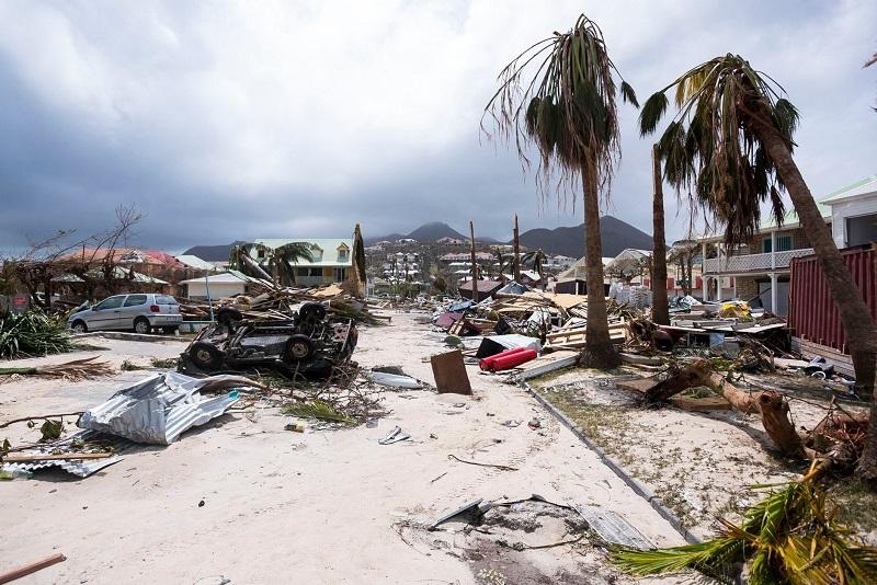 روز پنج شنبه 16 شهریور (7 سپتامبر) | خسارت ناشی از طوفان ایرما در جزیره سن مارتین واقع در منطقه کارائیب