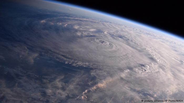 تصویر فضایی ناسا از طوفان هاروی در روز شنبه 4 شهریور (26 آگوست)