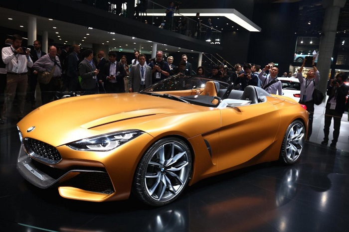 زد 4 رودستر بی ام دبلیو قطعا از جذاب ترین ماشین های نمایشگاه خودروی فرانکفورت 2017 بود.
