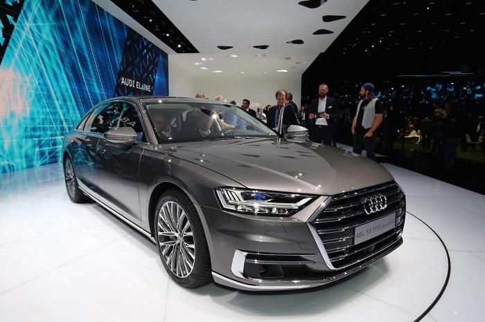 گروه خودروسازی فولکس واگن نیز مجموعه ای از جذاب ترین ماشین های نمایشگاه خودروی فرانکفورت 2017 را به نمایش گذاشت. از میان آنها می توان به خودروی آئودی A8...