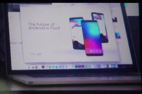 یوتیوبر آرون مِینی، ویدیویی را در کانال Mrwhosetheboss یوتیوپ آپلود کرده که جزئیاتی شگفت انگیز از گوشی سوم گوگل پیکسل 2 را نشان میدهد و این دستگاه را گوگل اولترا پیکسل میخواهند.