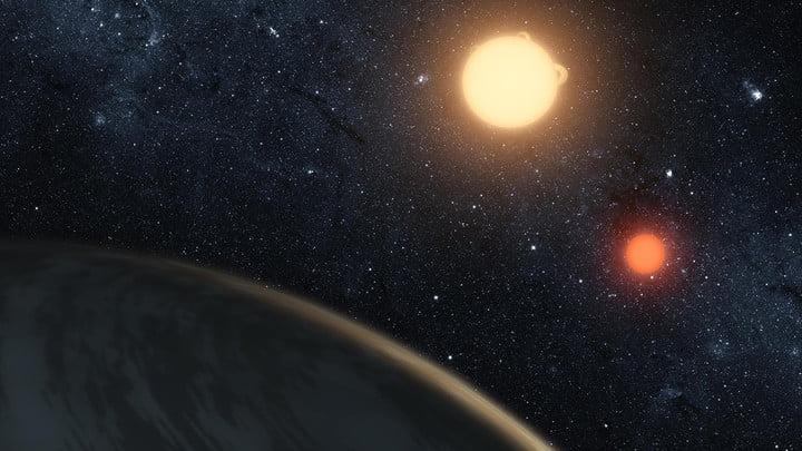شماره ۵: Kepler-16b، اینجا سایه شما تنها نخواهد بود!