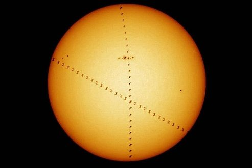 تصاویر نجومی هفته؛ سرنخ هایی از وجود حیات در سیاره سرخ!