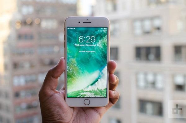 آیفون 8 پلاس (iPhone 8 Plus)