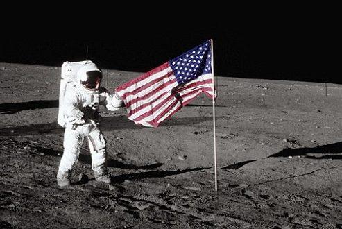پرچم آمریکا در ماه ناپدید شد!