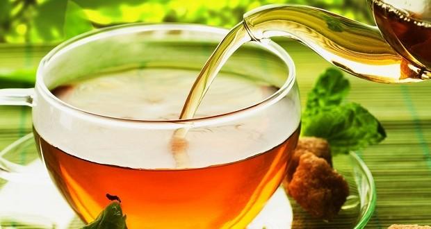 ترکیبات چای سبز می تواند از دندان های حساس محافظت کرده و درد آن را تسکین بخشد
