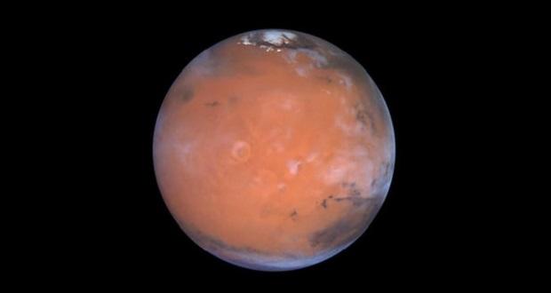 کشف آب در مریخ ؛ نواحی استوایی مریخ دارای یخ آب است!